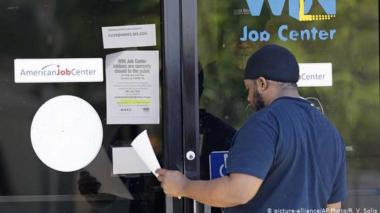 El índice de desempleo en Estados Unidos en mayo baja al 13,3 %