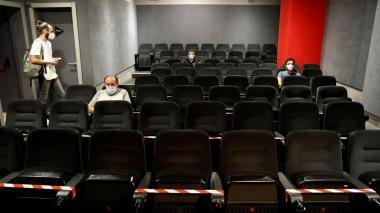California permitirá que los cines abran al 25 % de su capacidad