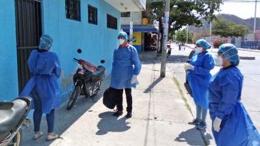 Denuncian incumplimiento de medidas COVID-19 en centros y puestos de salud de Santa Marta