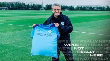 Juan Manuel Lillo al ser presentado como asistente técnico en el Manchester City.