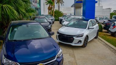 Vehículos nuevos en concesionario del norte de Barranquilla