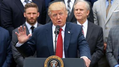 Trump anuncia que volverá a hacer mítines electorales pese al coronavirus