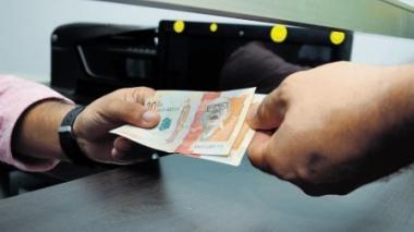 Polémica por uso de pensiones para afrontar la crisis económica