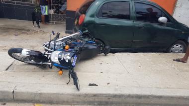 Una de las motos involucradas en el accidente.