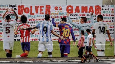 En Sao Paulo, Brasil, montaron este mural que celebra el regreso de la la Liga española.