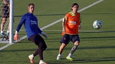 Ter Stegen y Lionel Messi en una práctica del Barcelona.