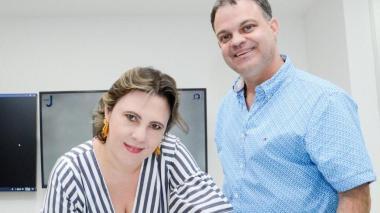 El alcalde de Sincelejo Andrés Gómez Martínez y la jefe jurídica Katiuska Fernández.