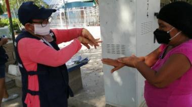 Los Comités Barriales de Emergencia y la Oficina de Gestión de Riesgo de Cartagena hacen parte del equipo que dicta las pautas sobre el autocuidado contra la COVID-19.