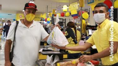 600 hacedores recibieron ayudas de Carnaval SA y Fund. Mario Santo Domingo