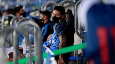 James Rodríguez tendrá que seguir esperando su oportunidad en el banco de emergentes.