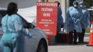 Coronavirus avanza implacable por sur y oeste de EEUU, y bate récords diarios