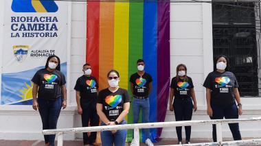 Por primera vez se izó la bandera LGBTI en la alcaldía de Riohacha