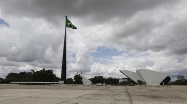 """Brasilia declara el estado de """"calamidad pública"""" por avance del coronavirus"""