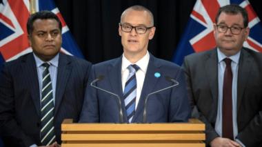 Ministro de Nueva Zelanda dimite tras saltarse el confinamiento