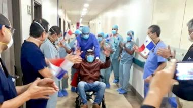 'Mano de Piedra' Durán sale del hospital y le gana la pelea al COVID-19