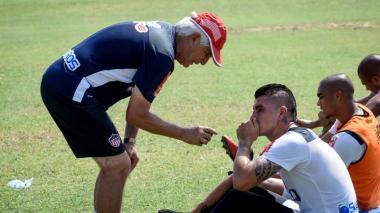 Michael Rangel y Julio Comesaña en un entrenamiento del Junior de 2017.