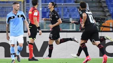 La Lazio se hunde ante el Milan y deja el Scudetto en bandeja al Juventus