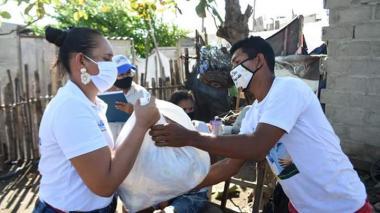 Entregan ayudas a familias de las víctimas del siniestro de Tasajera