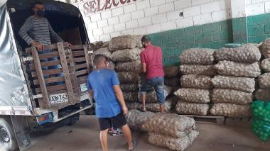 Comerciantes de Barranquillita alistan camión de ayudas para Tasajera