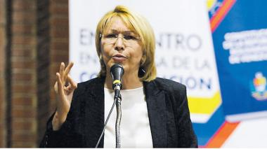 """""""Saab conoce los contactos criminales de Maduro en el mundo"""": exfiscal"""