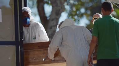 Los contagios por coronavirus repuntan en Brasil en plena desescalada