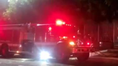 Abanico de techo provocó incendio en tienda del barrio Boston