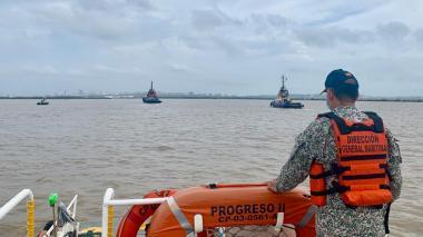 Salvamento del buque encallado se realizaría la próxima semana