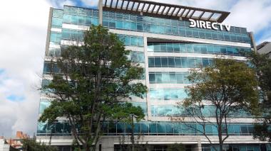 Sede de Directv en Bogotá. La empresa fue sancionada por no brindar información clara a usuarios.