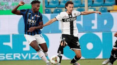 El colombiano Duván Zapata fue titular este martes con el Atalanta enfrentando al Parma.