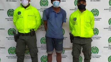 La Policía de Cartagena mostró al señalado matricida Freyler Marmolejo Colón.