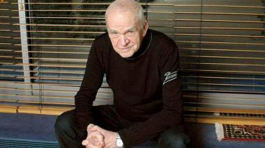 Milan Kundera dona su biblioteca y archivo a Brno, su ciudad natal