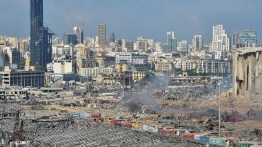 Suben a 135 los muertos y desaparecidos por explosión en Beirut
