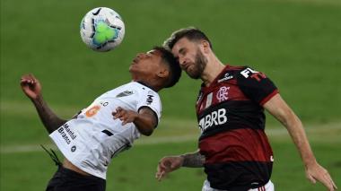 Al menos 151 jugadores de la Liga brasileña fueron contagiados por COVID-19