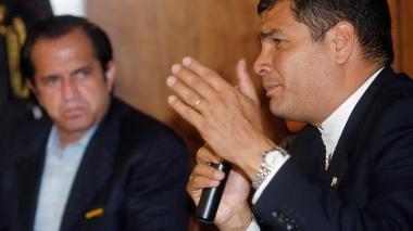 Correa desafía la política en Ecuador con su candidatura a vicepresidente