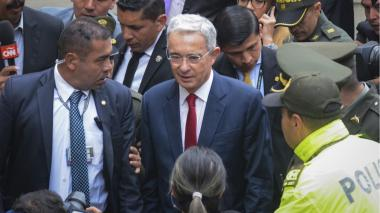 Juez niega libertad de Álvaro Uribe
