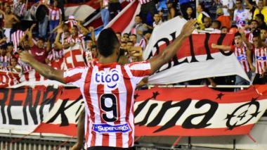 Minsalud da luz verde a reinicio del fútbol profesional en Colombia