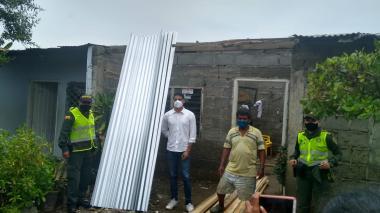 Familias afectadas por recientes lluvias en Montería reciben ayudas