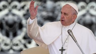 """El papa recuerda que """"Dios no necesita ser defendido por nadie"""""""
