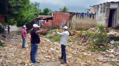 Desbordamiento de arroyo deja 300 familias afectadas en Soledad