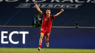 Thomas Müller festejó su segunda Champions League con el Bayern Múnich.