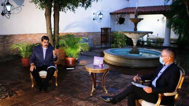 """No me temblará el pulso para detener a Guaidó"": Maduro"