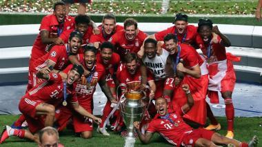 Los jugadores del Bayern celebraron el sexto título del cuadro alemán en Champions.