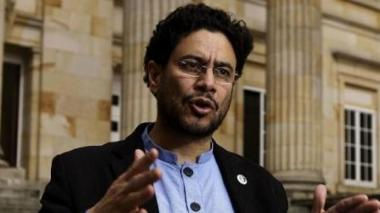 Procuraduría confirma absolución a senador Iván Cepeda
