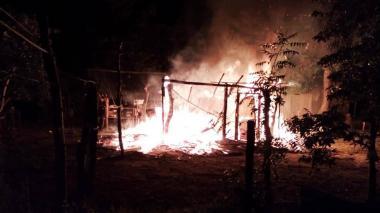 Amenazan y queman la casa de un líder Lgbti en Sucre