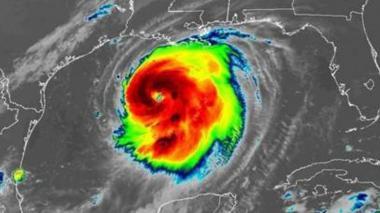 El huracán Laura ya tiene categoría 3 y aumentará a 4 antes de tocar tierra