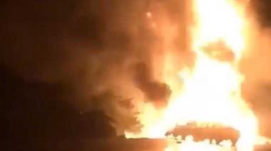 Se incendian camión cisterna y grúa al chocar en la vía Ciénaga-Barranquilla