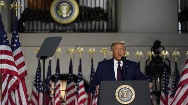 """Trump pide reelegirle para """"salvar"""" a EE.UU. de los peligros de la izquierda"""
