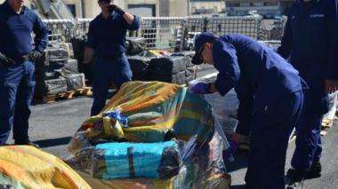 EEUU incauta miles de kilos de droga en el mar y detiene a narcotraficantes