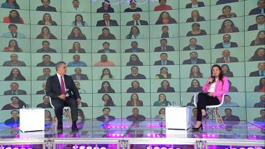 Presidente Iván Duque junto a la ministra TIC Karen Abudinen.