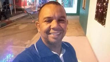 Muere hombre que chocó con camión cisterna en la vía B/quilla-Ciénaga